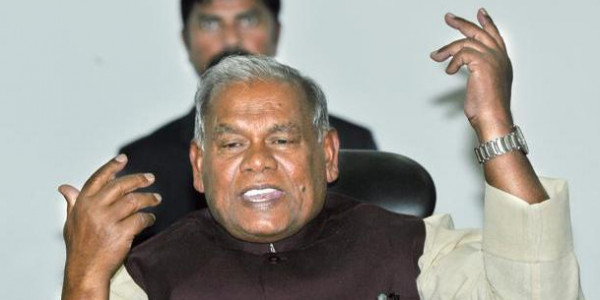 CBI निदेशक के मोदी-नीतीश पर ये बड़े आरोप, बिहार में गरमाई सियासत