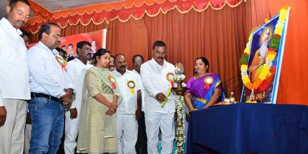 State govt. in favour of ST status for Boya Valmikis: Niranjan Reddy