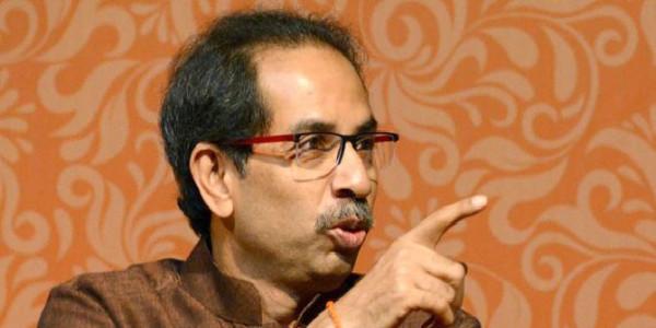 महाराष्ट्र में नहीं रुक रहा दलबदल का खेल, एनसीपी के एक और नेता ने थामा शिवसेना का दामन