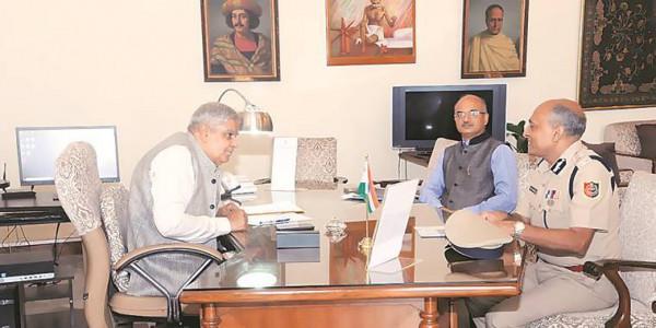 QKolkata: DGP Meets Governor On North 24 Parganas & More