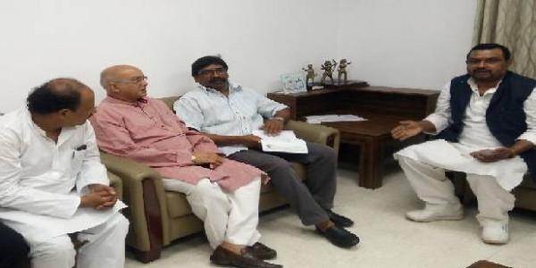 राजद लोकतांत्रिक के नेता गौतम सागर राणा ने की हेमंत सोरेन से मुलाकात, गठबंधन पर हुई चर्चा