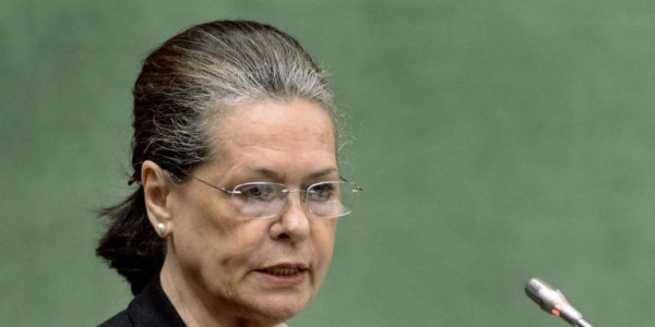 Now, its high time for Sonia Gandhi to make 'supreme sacrifice' for Congress' sake