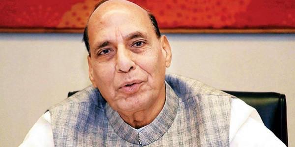 राजनाथ ने मौलानाओं से मांगा समर्थन, लखनऊ से दूसरी बार आजमा रहे हैं किस्मत