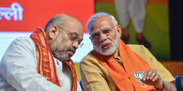narendra modi and amit shah on backfoot says shivsena