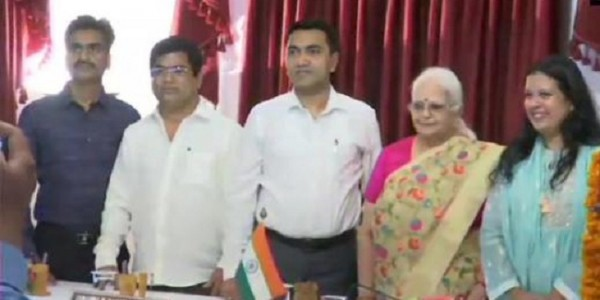 3-congress-defectors-mlas-inducted-in-goa-government-cabinet