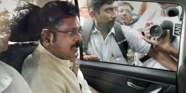 Verdict near, MLAs in Dhinakaran camp shifted to Kerala