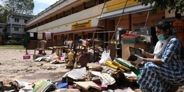 Accept ₹700 crore UAE offer or compensate us, Kerala tells Centre