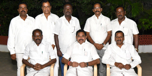 Tamil Nadu CM Criticises Kamal Haasan, Says 'he Doesn't Know What Politics Is'
