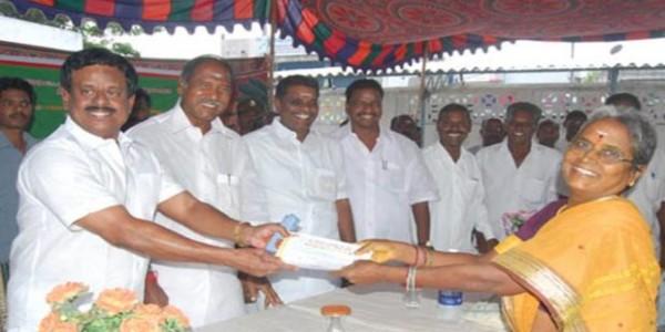 Gang hacks former Puducherry minister VMC Sivakumar to death