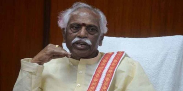 BJP leader Dattatreya held for trying to lay seige to secretariat