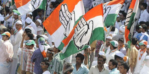 मध्य प्रदेश कांग्रेस का शिवराज के खिलाफ प्रदर्शन, कहा- पहले ऐसे नहीं थे शिवराज