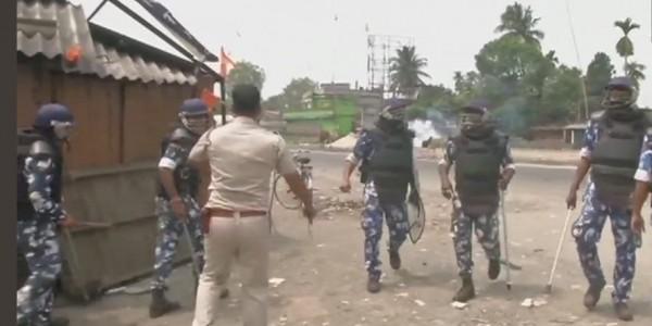 पश्चिम बंगाल में हिंसा, सीपीएम प्रत्याशी मो. सलीम को चोट, अर्द्धसैनिक बलों ने किया लाठीचार्ज