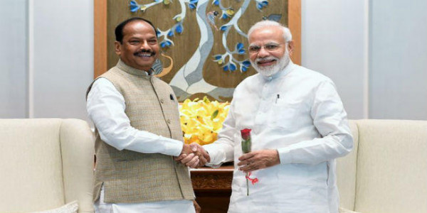 पीएम मोदी से मिले रघुवर, आगामी विस चुनाव में होंगे भाजपा का चेहरा