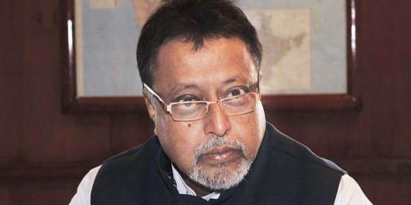 बंगाल में टीएमसी विधायक सत्यजीत हत्याकांड में भाजपा नेता मुकुल राय समेत चार पर एफआइआर
