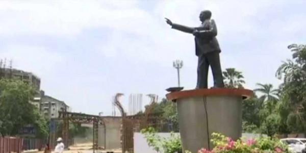 गुजरात के सबसे लंबे फ्लाईओवर का निर्माण कार्य आम्बेडकर की मूर्ति के चलते रुका