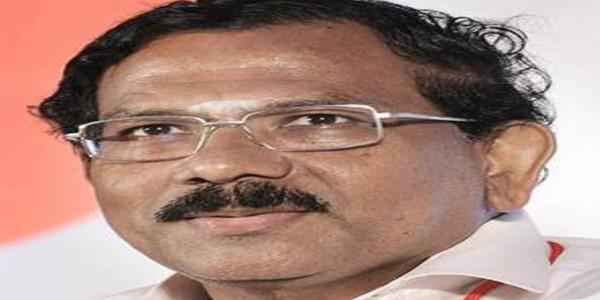 No sign of delinking Sasikala family from ruling party: 'Ma Foi' Pandiarajan