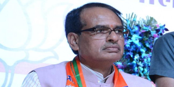 Jagan should learn from fall of family outfits: Shivraj Singh Chauhan