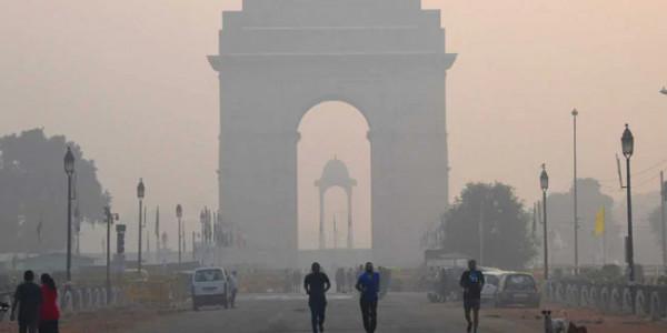 दिल्ली में फिर ज़हरीली हुई हवा, एयर इंडेक्स 300 तक पहुंच जाने की आशंका