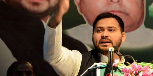 tejashwi-yadav-tweets-with-a-letter-and-comments-on-bihar-government