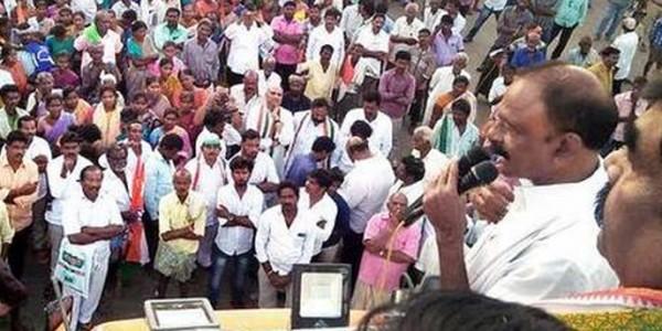Congress bharosa yatra reaches Vizianagaram
