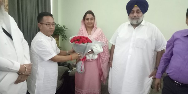 Delegation meets Sikkim CM over gurdwara upkeep