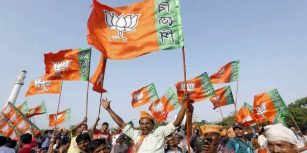 communal-politics-takes-centrestage-in-west-bengal-as-tmc-bjp-fight-for-supremacy
