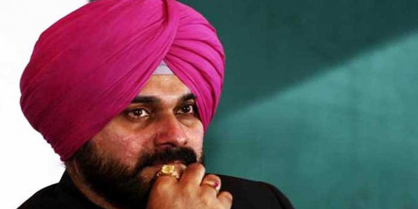 zee news issues rs 1000 crore defamation notice to navjot sidhu