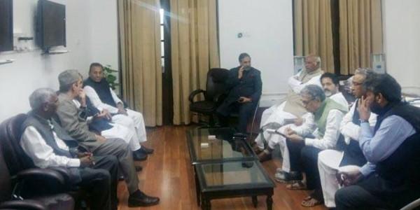 ममता के खिलाफ मोदी सरकार के एक्शन पर विपक्ष की बैठक आज