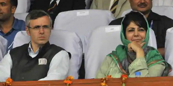 J&K Govt Issues Notice to Former CMs to Vacate the Official Bungalows