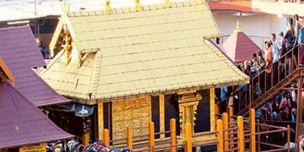सबरीमाला विवाद: विरोध के बाद 52 वर्षीय महिला को मिला मंदिर में प्रवेश