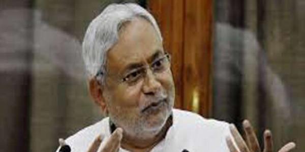 BJP नेता ने कहा-अब बिहार CM की सीट खाली करें नीतीश, JDU ने दिया करारा जवाब