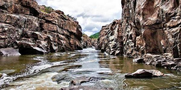 cm-urges-pm-to-reject-dpr-for-mekedatu-dam-project