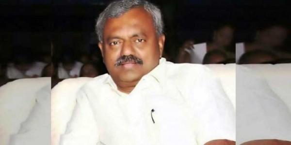 बेंगलुरु लौटे बागी विधायक एसटी सोमशेखर बोले- इस्तीफा दिया है लेकिन कांग्रेस में ही हूं