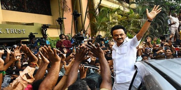 DMK-led front heads for landslide, ensures T.N. bucks national trend