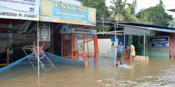 483 dead in Kerala floods and landslides, losses more than annual plan outlay: Pinarayi Vijayan