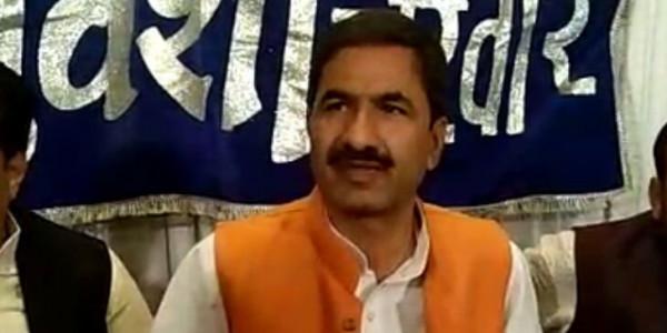 'एक साल में कमलनाथ सरकार ने किए केवल दो काम'