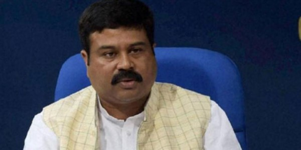 every-poor-household-in-tripura-will-have-lpg-connection-in-2019-dharmendra-pradhan
