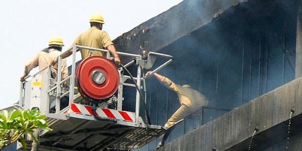 दिल्ली में आग की घटना पर पीएम मोदी और अमित शाह ने जताया दुख