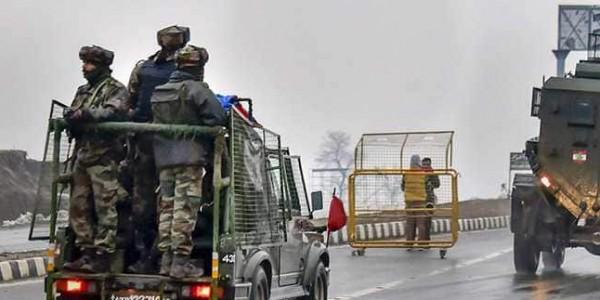 Pulwama terror attack: शहीद तिलकराज के परिवार के लिए 20 लाख की मदद का एलान