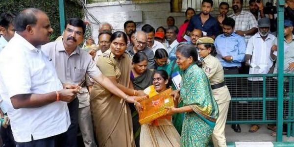Kumaraswamy holds first public interaction