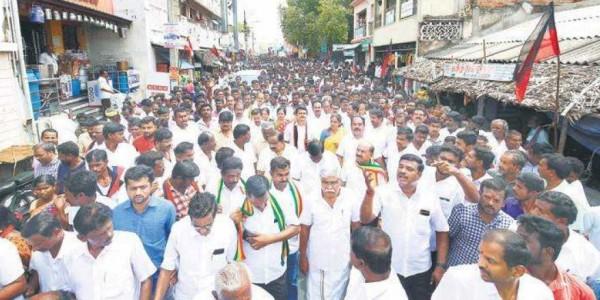 Tamil Nadu Assembly bypoll: DMK candidate Senthil Balaji promises land for homeless