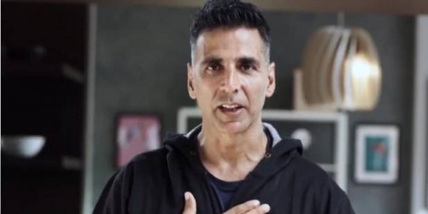 Akshay Kumar on donating to Assam: Mere paas bohot paise hai. Sirf Twitter pe so sad nahi daalna