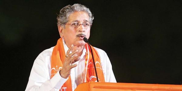 मराठा समाज को पसंद नहीं आया CM का बयान, शिवसेना ने साधा निशाना