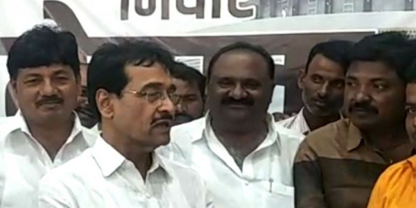 NCP MLA Resigns from Assembly, Set to Join Shiv Sena; Two Other Top Leaders May Follow Soon