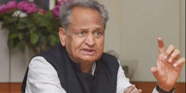 'पानीपत' फिल्म विवाद पर अशोक गहलोत बोले, सेंसर बोर्ड करे हस्तक्षेप
