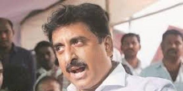 कांग्रेस विधायक नसीम ने पूछा- क्या नागपुर के इशारे पर नहीं मिल रहा मुस्लिम आरक्षण?