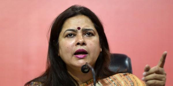 lok-sabha-chunav-2019-meenakshi-lekhi-lekhi-files-contempt-notice-against-rahul-gandhi
