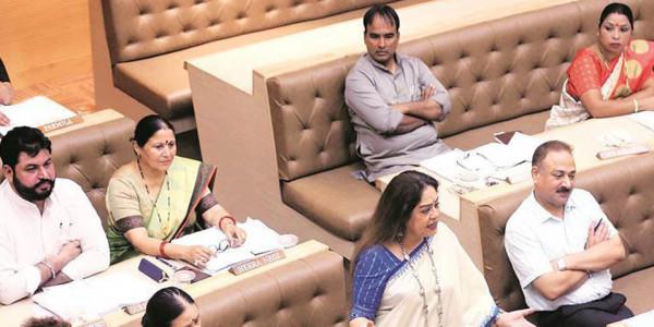 चंडीगढ़ में फिल्म देखना नहीं होगा महंगा, किरण खेर ने मनोरंजन कर का किया विरोध