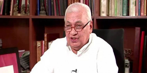 Arif Mohammad Khan takes oath as Kerala Governor in Malayalam