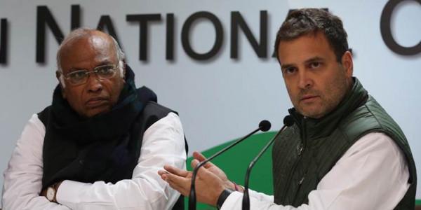 Chhattisgarh CM race: Sonia, Rahul meet senior Cong leaders; still no clarity on CM choice